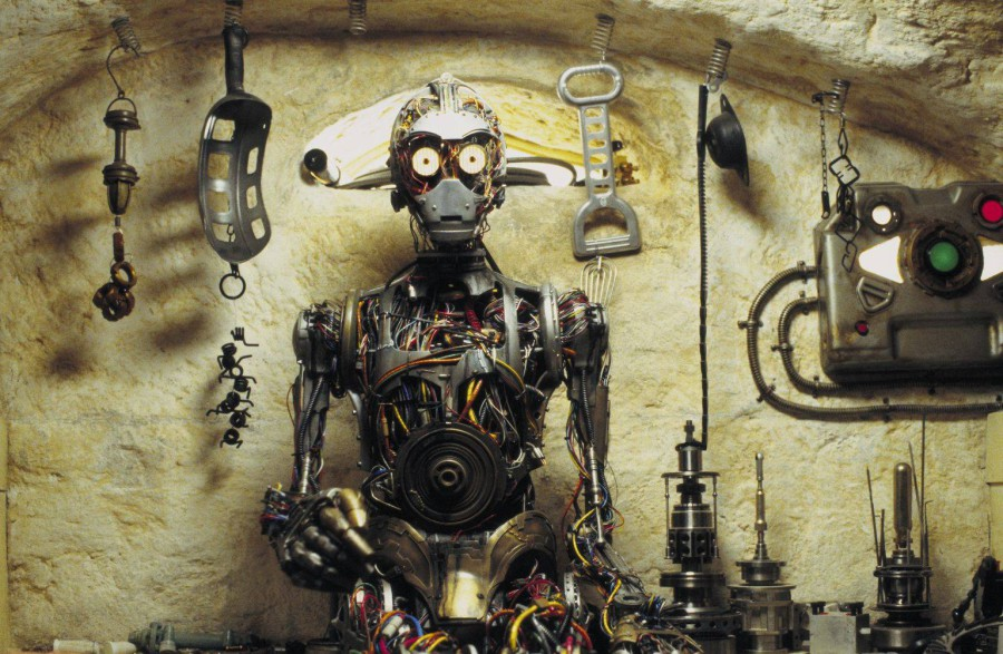 C-3PO_in_Phantom_Menace